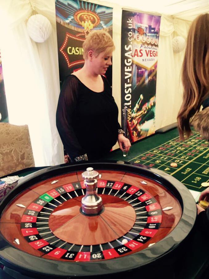 Prom Day at Donnington Grove Newbury - Roulette Entertainment